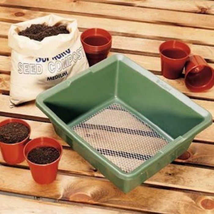 Ready to harvest your worm castings?  Have you been vermicomposting with a worm bin?  Is it time to harvest and you don't know where to start?  Start here >>&#8221; class=&#8221;wp-image-3758&#8243;/></a></figure></div>    <figure class=