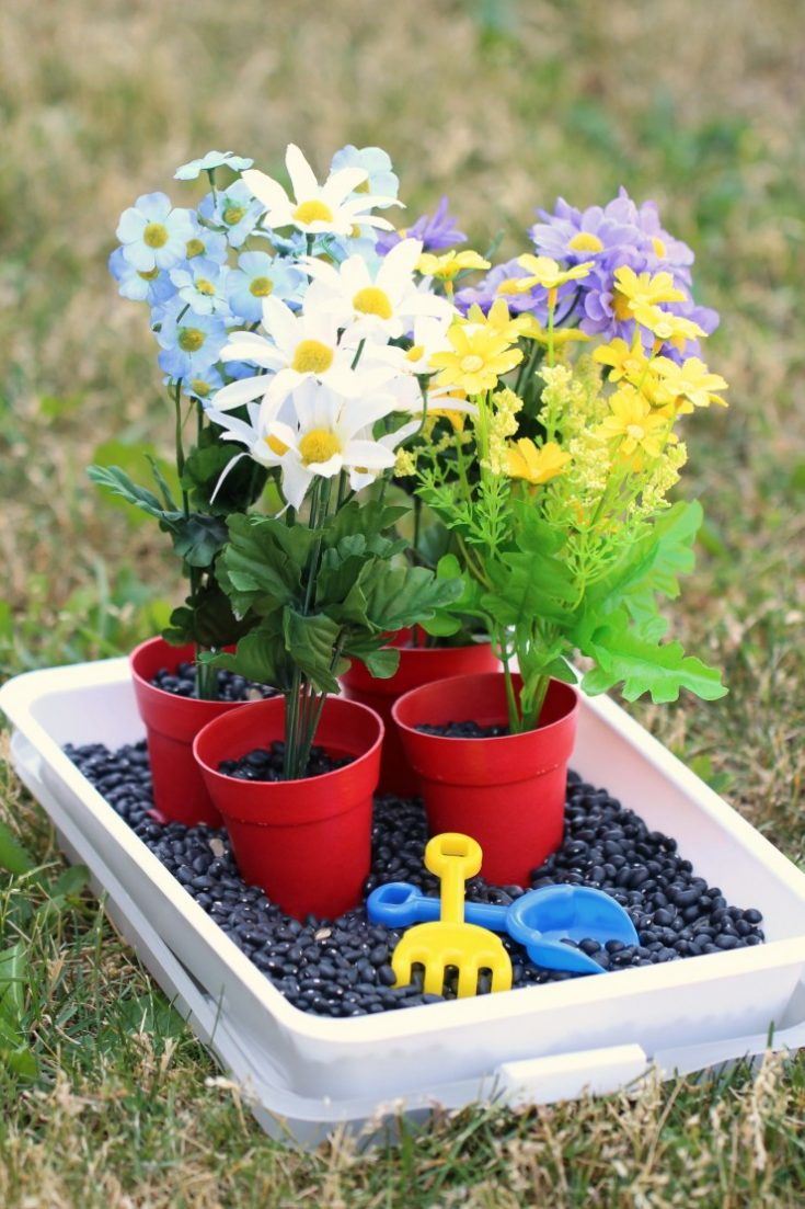 Gardening-Sensory-Bin.jpg