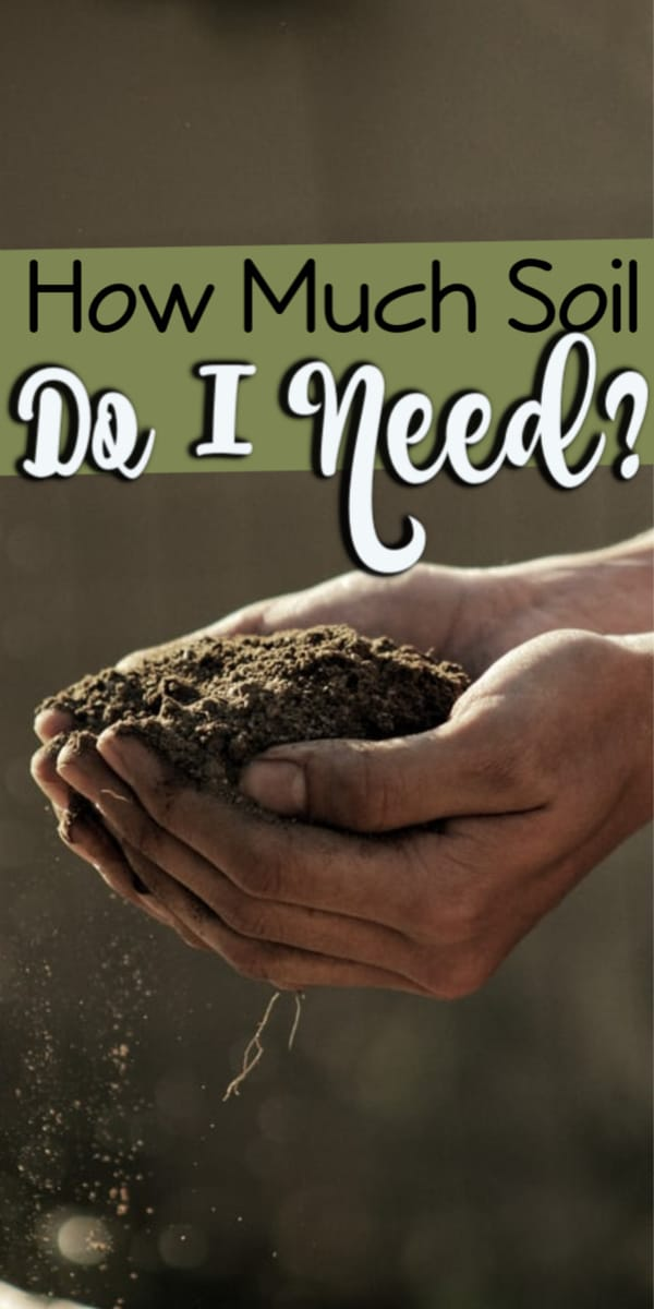 One of the most frustrating things can be standing in the garden center trying to decide how much soil you need for a gardening project.  Click through NOW to use our FREE potting soil mix calculator to find out....